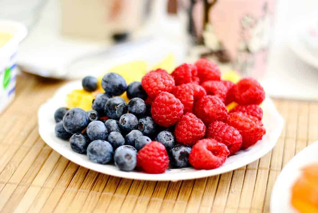 best foods for breastfeeding: fruit