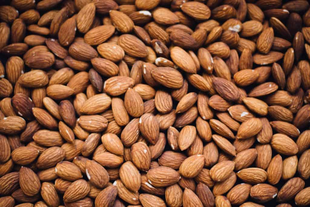 best foods for breastfeeding: nuts