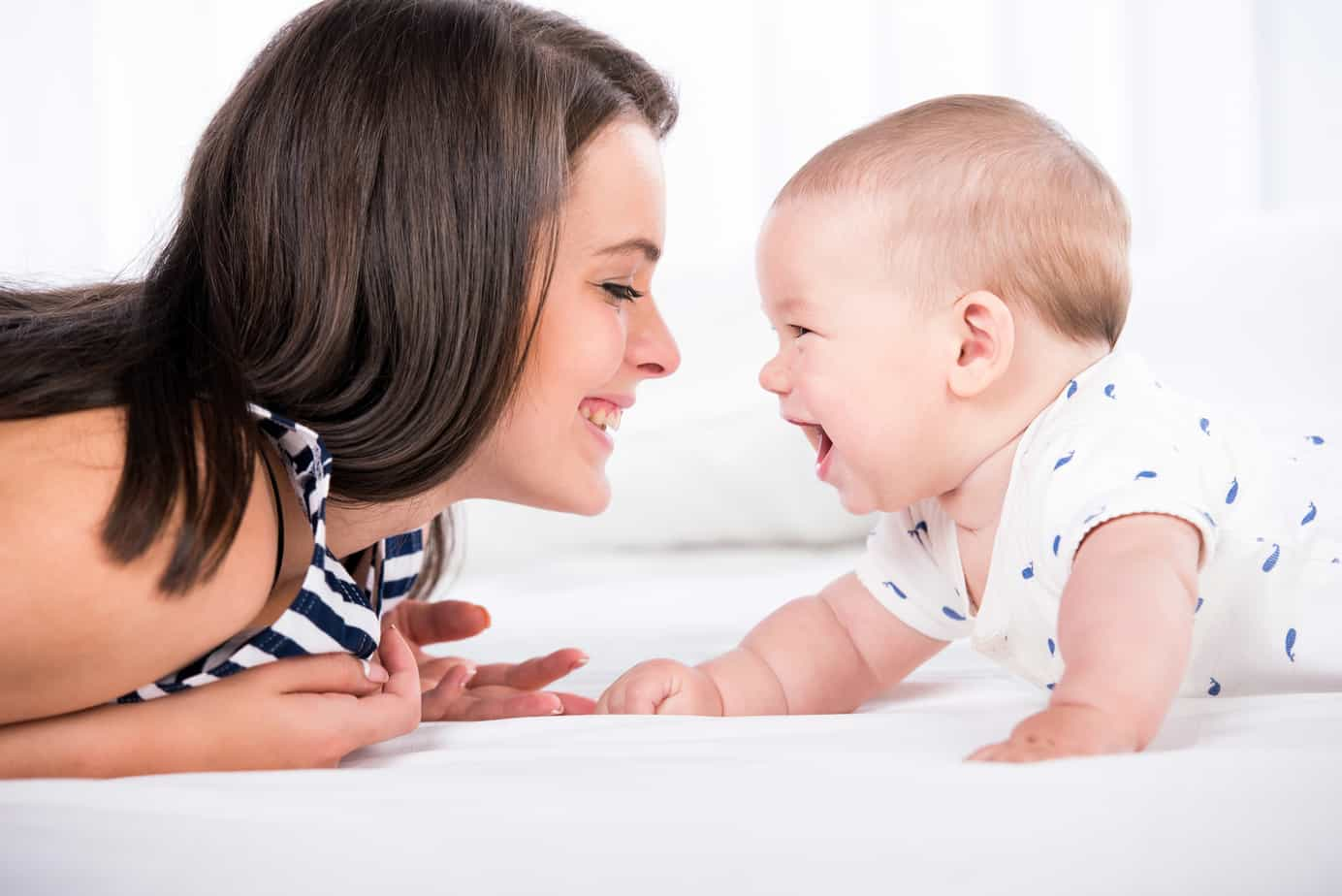 ways to play with your new baby (0-3 months)