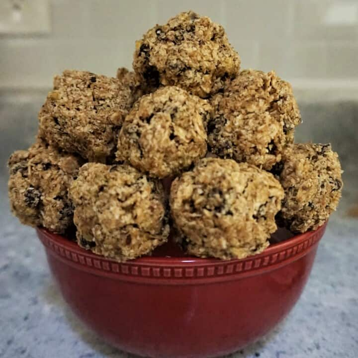 lactation balls: chocolate chip power balls no bake recipe